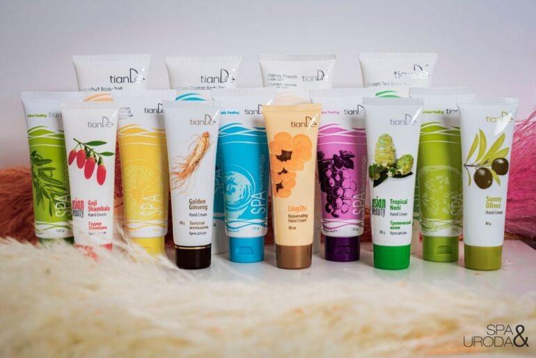kosmetyki naturalne różne rodzaje kremów i peelingów