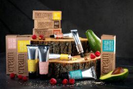 kosmetyki wegańskie w naturalnej kompozycji
