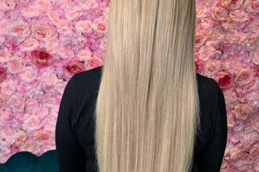 chłodne blond włosy po przedłużeniu