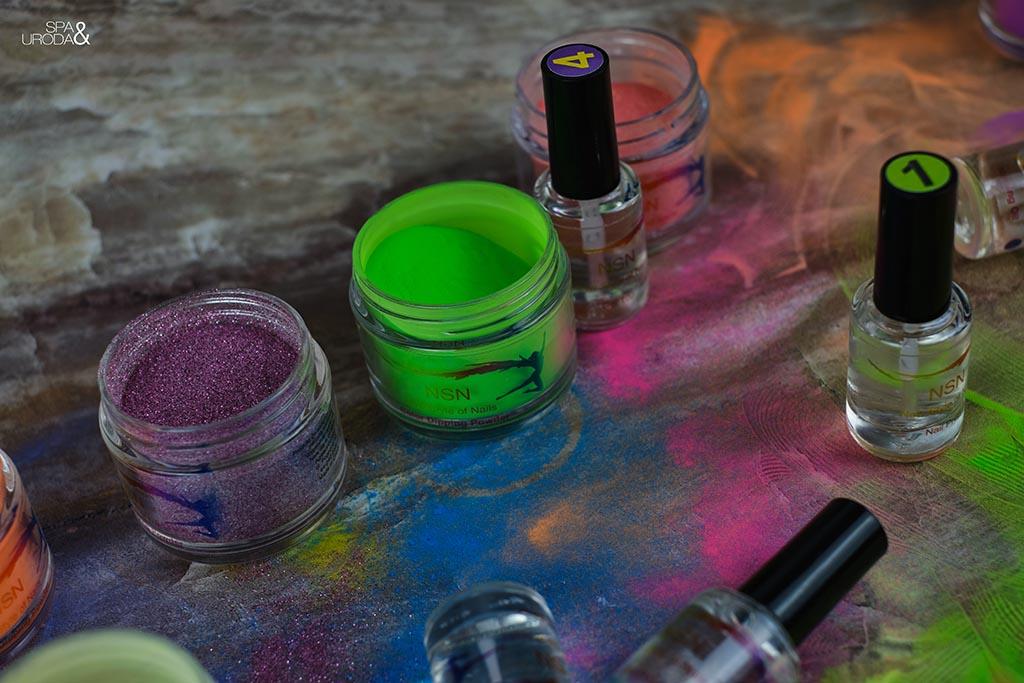 słoiczki i buteleczki do manicure tytanowego